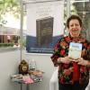 DOMINGO, 19 — A escritora Danci Caetano Ramos dedicouum exemplar do livro