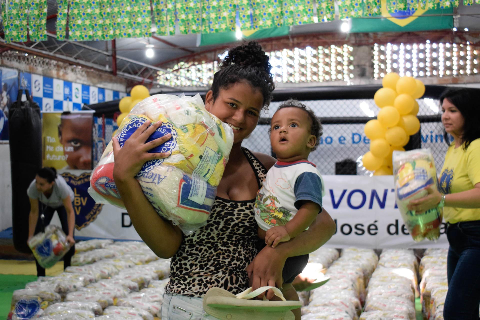 RIO DE JANEIRO, RJ — A doação não serviu apenas para saciar a fome, mas também renovou as esperanças de dias melhores.