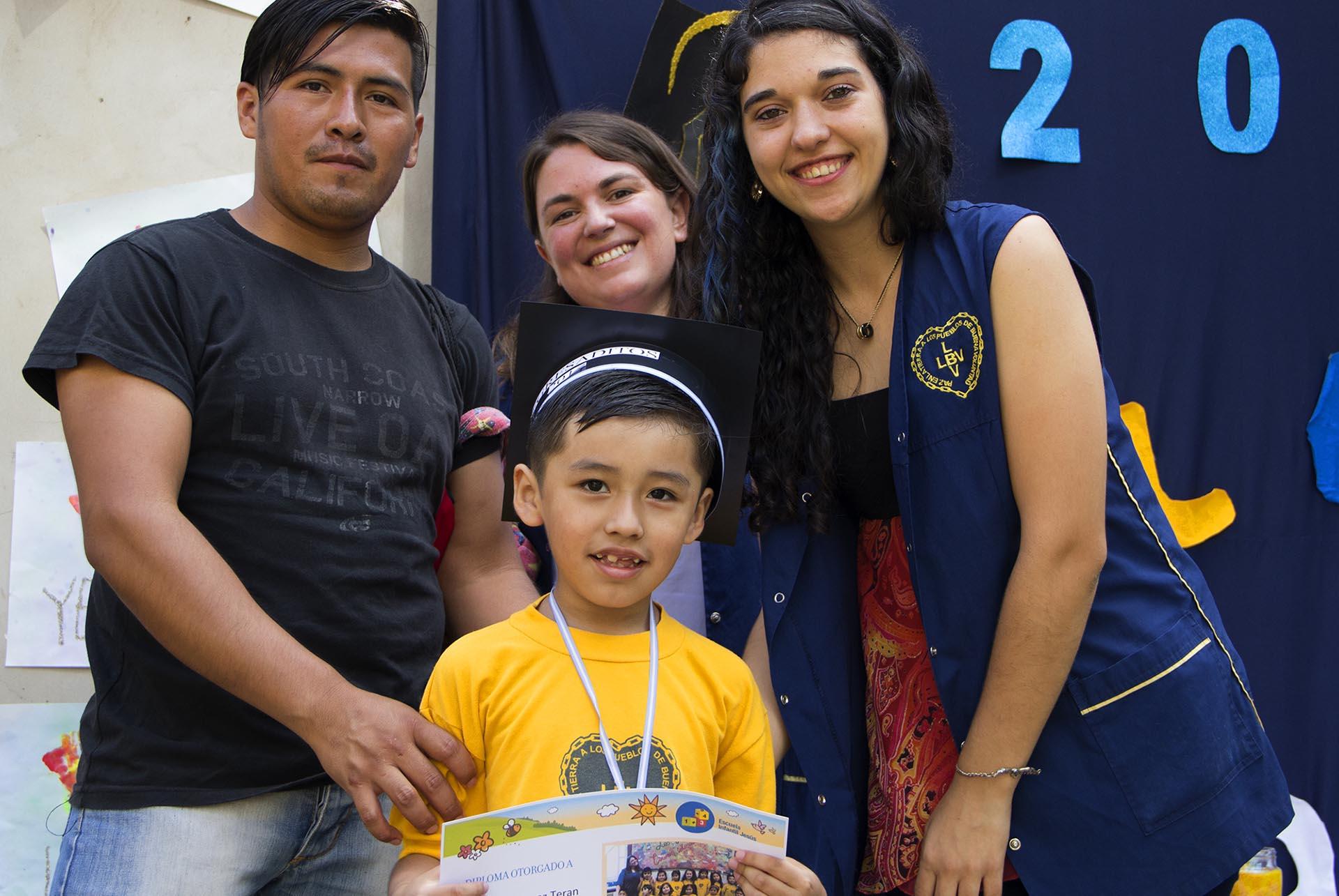 Los niños y niñas de la sala de Preescolar de la Escuela Infantil Jesús recibieron su Diploma de Egresados, en una fiesta repleta de alegría y emoción.