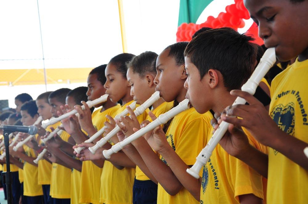 ARACAJU, SE —Na LBV, o processo educacional dispõe de diversas ferramentas lúdicas, como a música. Os atendidos participam de aulas de cantos e se dividem no estudo de flauta transversal, violino, violoncelo, viola e clarineta.