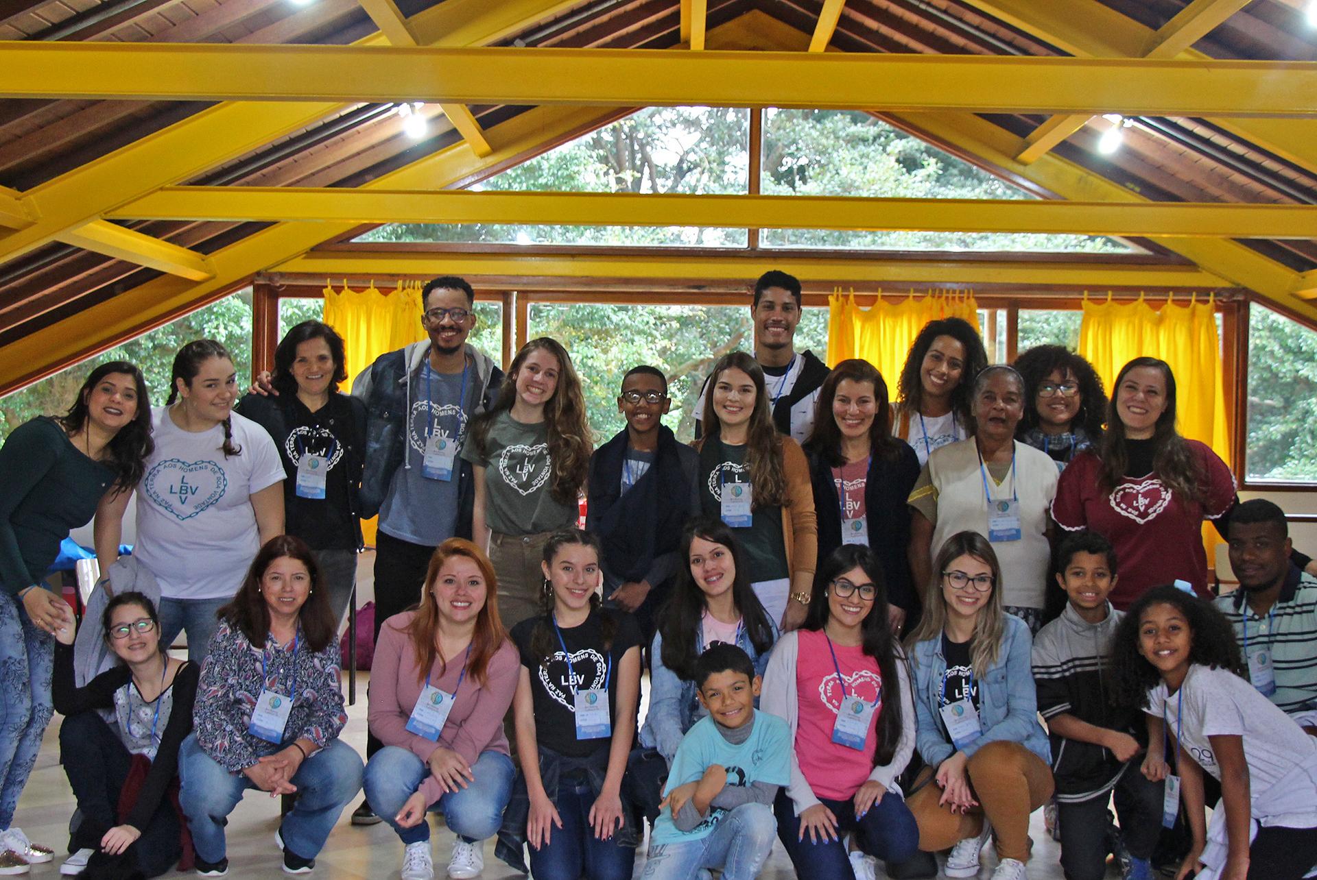 Glorinha, RS — Da região Sul do Brasil, a Juventude Legionária, de todas as idades, participaram da Oficina de Dança. Na ocasião, eles iniciaram um trabalho com o Grupo de Dança Boa Vontade para asIgrejas Ecumênicas da Religião de Deus, do Cristo e do Espírito Santo.