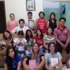 MARINGÁ, PR — Família reunida para receber as vibrações do Cristo, através da Cruzada do Novo Mandamento de Jesus no Lar.