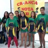 São José/SC: Jovens e adolecentes que frequentam o programa Jovem: Futuro no Presente! recebem materiais da campanha Criança Nota 10!, da LBV.