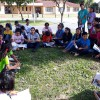 Santa Cruz de La Sierra/Bolívia - Jovens estudam atentamente livro do escritor Paiva Netto, dentro das atividades do 44º Fórum Internacional do Jovem Ecumênico da Boa Vontade de Deus.