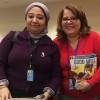 New York, EUA — Fatma Al Zahraa Hassan (E), vice-presidente do Bureau para 61ª Sessão da Comissão sobre a Situação da Mulher, confraterniza com Conceição Albuquerque, da LBV.