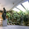 La Fuente Sagrada del TBV es un lugar muy destacado por los visitantes. El lugar es una exaltación a la Naturaleza y al agua. Al centro, se encuentra una escultura francesa del siglo XVIII, hecha en bronce, que representa a Jesús, el Cristo Ecuménico, bendiciendo a los que por allí pasan.