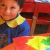 LA PAZ, BOLIVIA - En ambiente seguro y bien cuidado, la Institución educa y transmite valores de ciudadanía, promoviendo así el rescate de la autoestima. En cada una de sus unidades, colaboradores y voluntarios reciben capacitación profesional, con el fin de que puedan atender mejor a quien lo necesita.