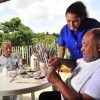 Volta Redonda/RJ— Com o acompanhamento e o apoio de profissionais especializados,os idosos realizam diversas atividades visando o bem-estar, a socialização, a troca de experiências e o desenvolvimento físico e mental.
