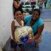 RIO DE JANEIRO, RJ — Na cesta, arroz, feijão, açúcar, farinha de mandioca, macarrão, fubá, sal e óleo, além de outros itens.
