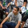 Rio de Janeiro, RJ — Jovens de todas as idades acompanham, com atenção, a mensagem fraterna e ecumênica proferida pelo Irmão Paiva Netto durante o Jubileu de Prata do TBV, em novembro de 2014.