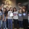 RIO DE JANEIRO, RJ —Juventude Ecumênica da Boa Vontade de Deus de Araruama, RJ, com o certificado de participação do Festival Internacional de Música, da LBV!