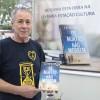 Silvio Knauth, leitor assíduo do escritor Paiva Netto, fez questão de vir da cidade de Canoas para adquirir o livro: