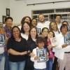 Seara emSão Paulo, SP — Com muita alegria asirmãsRegina e Ivone Aparecida Veronesi, reúnema família e fazem estudo ecumênico durante a Cruzada do Novo Mandamento de Jesus no Lar.