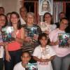 PETRÓPOLIS, RJ — Em celebração ao Dia Internacional da Família, comemorado no dia 15 de maio, a família de Conceição Trevisano e sua filha Keilla, realizou a Cruzada do Novo Mandamento de Jesus no Lar.