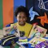 Rio de Janeiro, RJ: Ndeyamwene Ya Kristomus, aluna do 2º ano do ensino fundamental, éfilha da Marcela Prado, imigrante da República da Namíbia, no continente Africano. Ela contou pra gente o que maisgosta na LBV e o que ganhou no kit: