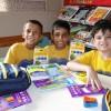 Presidente Prudente, SP — A campanha incentiva crianças e jovens a frequentarem a escola, proporcionando material de qualidade e contribuindo para a melhora da autoestima e do desempenho escolar deles.