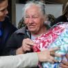 Marília, SP — Após receber seus cobertores, a atendida expressou tamanha felicidade em contar com o amplo apoio da LBV, em prol de seus familias e das comunidades que vivem em situação de vulnerabilidade social.