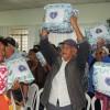 Registro, SP — No Vale do Ribeira foram entregues 450 cobertores a famílias que vivem em situação de baixa renda nos municípios de Registro e Juquiá.