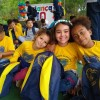 Mogi das Cruzes, SP— Com um sorriso no rosto, crianças e adolescentes atendidos pela LBV comemoraram o kit de material pedagógico repleto de itens para uso escolar.