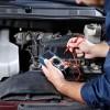 Faça sempre uma revisão do seu carro. Além de evitar possíveis dores de cabeça, um carro regulado consome menos combustível e menos gases causadores do efeito estufa.