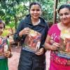 Ciudad del Este, Paraguay — Estudio de la revista ¡JESÚS ESTÁ LLEGANDO! en el Hogar de la Hermana Guilhermina Pizurno