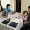 Porto, Portugal— La Juventud Legionaria se reúne y promueve estudios bíblicos en la casa de otros jóvenes y familias, en lasCruzadas del Nuevo Mandamiento de Jesús en el Hogar.