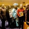 Integrantes das delegações das Ilhas Comores eda República do Chade recebem de Sâmara Malaman a publicação da LBV