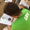 Assunção/Paraguai —Com a revista JESUS ESTÁ CHEGANDO! em mãos, jovens da Boa Vontade multiplicaram a mensagem fraterna e ecumênica da Religião do Terceiro Milênio.