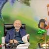 O presidente-pregador da Religião do Terceiro Milênio, José de Paiva Netto, comandaa sessão solene do 17º Fórum Internacional dos Soldadinhos de Deus, da LBV.