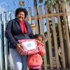Porto Alegre, RS — Famílias atendidas na Instituição de Educação Infantil Pé de Moleque, parceira da Legião da Boa Vontade, também receberam doações de cobertores arrecadados na Campanha daDiga Sim!