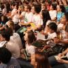 São Paulo,SP —Com atenção, a garotada e as famílias presentes na Igreja Ecumênica da Religião do Amor Fraterno acompanham as palavras do Irmão Paiva Netto.