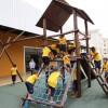 Local para brincar é o que não falta na unidade da LBV. Sempre acompanhados de um educador social, as meninas e o meninos se divertem na área externa.