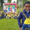 Mogi das Cruzes, SP — Olha só a felicidade no roste deste menino atendido pela LBV em Mogi das Cruzes. Orgulhoso por receber o seu Kit Pedagógico da Instituição.