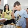 Brasília, DF - Soldadinho de Deus, da LBV,recebendo a Unção Espiritual durante a nova edição doFórum.