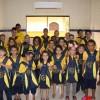 Joinville, SC:A campanha incentiva crianças e jovens a frequentarem a escola, proporcionando material de qualidade e contribuindo para a melhora da autoestima e do desempenho escolar deles.