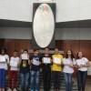 Brasília, DF - Os jovens recebem em frente ao Altar Sagrado, pela segunda vez, o certificado de ingresso na Pré-Juventude ou Juventude Legionária.