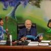 O presidente-pregador da Religião do Terceiro Milênio, José de Paiva Netto, comandaa sessão solene do 17º Fórum Internacional dos Soldadinhos de Deus, da LBV,transmitido para o mundo inteiro, via satélite, pela Super Rede Boa Vontade de Comunicação (TV, rádio e internet).