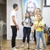 Florianópolis, SC — Por meio de apresentações musicais, os Soldadinhos de Deus, da LBV, marcam presença no Fórum. :)