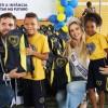 Brasília, DF - Na foto, Jesus de Lima e Isabela Schot, Mister e Miss Brasília 2018, respectivamente, na entrega dos kits de material pedagógico da campanha Criança Nota 10 — Proteger a infância é acreditar no futuro.