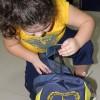 Porto Alegre/RS - O kit é composto por itens de acordo com a faixa etária dos estudantes, como: estojo, lápis preto e de cor, canetas, borrachas, tesoura, cubos de cola, cadernos, mochila, dicionários de Português e de Inglês, entre outros.