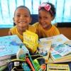 Rio de Janeiro, RJ —A campanha incentiva crianças e jovens a frequentarem a escola, proporcionando material de qualidade e contribuindo para a melhora da autoestima e do desempenho escolar deles.