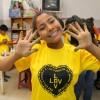 Santa Cruz, Bolívia — As crianças adoraram participar do clipe da música