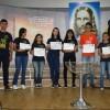 Uberlândia/MG - Os jovens sobem ao Altar Sagrado e recebem o Certificado de ingresso na Pré-Juventude e Juventude legionária da Religião de Deus.