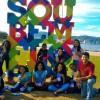 Florianópolis, SC — Jovens ecumênicos durante palfletagem de artigos do escritor Paiva Nettoem terras catarinenses, dentro da programação do Fórum.