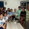 POÇOS DE CALDAS, MG —O casal Jurandir Claudiano Moreira e Aparecida Freire Claudiano reuniram familiares e amigos para realizarem a Cruzada do Novo Mandamento de Jesus no Lar.