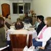 PARANAGUÁ, PR — Todos concentrados durante o estudo ecumênico na casa da Legionária da Boa Vontade de DeusCatarina de Félix.