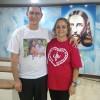 Rio de Janeiro, RJ — Casal comemora o Dia dos Pais na Igreja Ecumênica da Religião Divina, no bairro de Del Castilho.