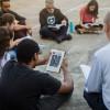 Na capital paulista, jovens estudam livro