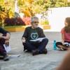 Durante a roda de conversa, jovens de todas as idades apresentam suas contribuições sobre a vida e obra do escritor Paiva Netto, que neste dia 29 de junho comemora 63 anos de trabalho na Seara da Boa Vontade.