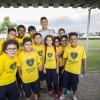 Fabián Balbuena recebeu, em nome de todos os jogadores, um cartão assinado pelas crianças da LBV.
